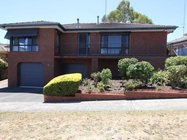 4 Robert Drive, Ballarat North, Vic 3350