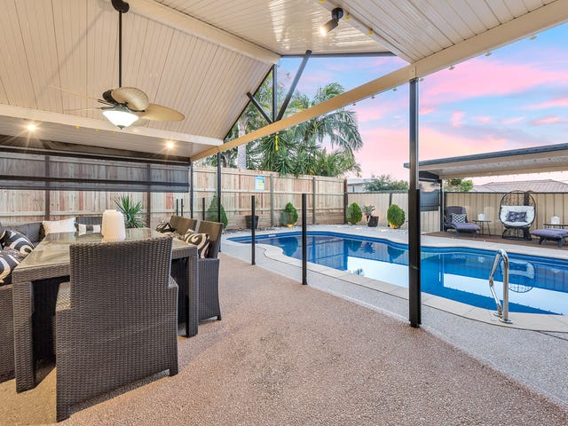 11 Anglia Place, Little Mountain, Qld 4551