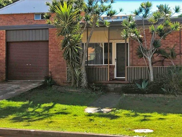 11 Surf Street, Port Macquarie, NSW 2444