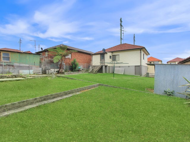 175 Flagstaff Road, Lake Heights, NSW 2502