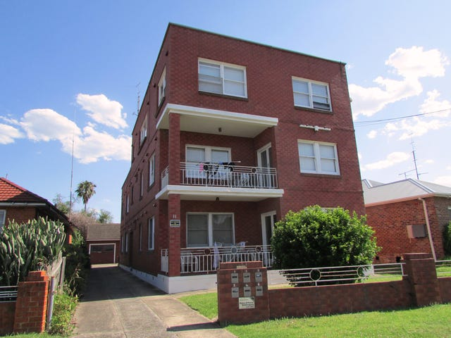 4/11 Exeter Avenue, North Wollongong, NSW 2500