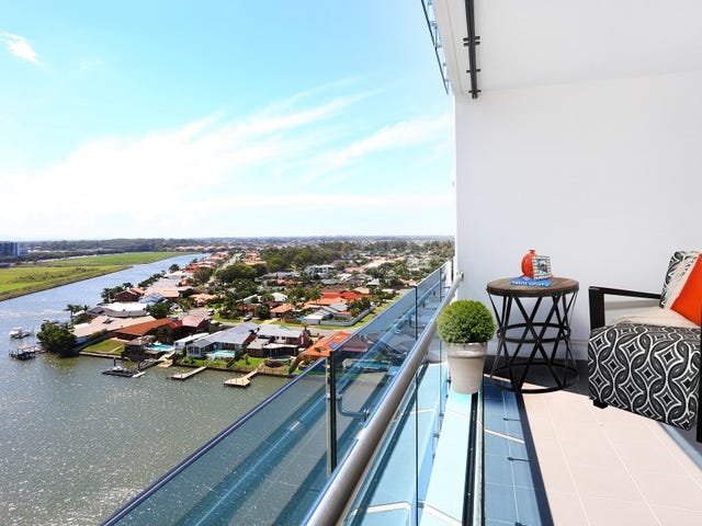 11109 5 'Waterpoint' Harbourside Court, Biggera Waters, Qld 4216