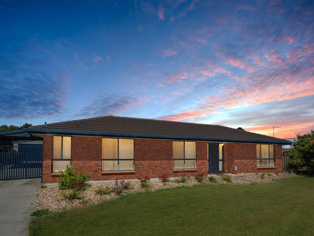 9 Wicklow Drive, Invermay Park, Vic 3350