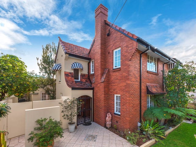 10 Liverpool Road, Clayfield, Qld 4011