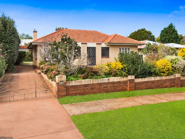 124A Stuart Street, Mount Lofty, Qld 4350