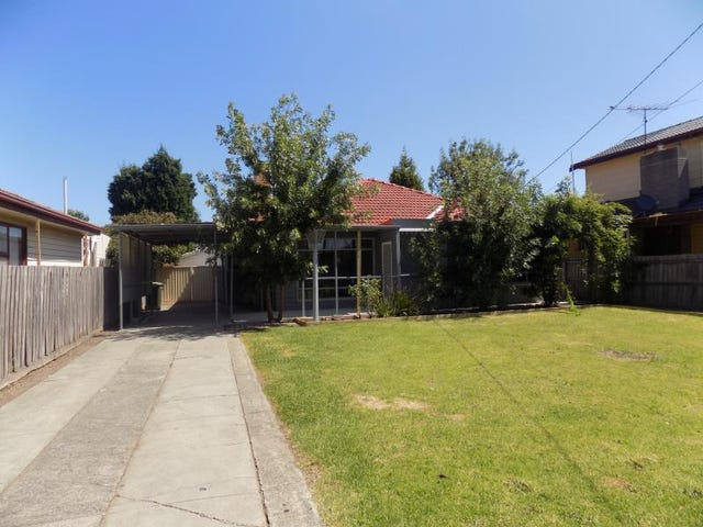 10 Glover Street, Newcomb, Vic 3219