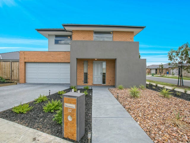 32 Pyrenees Road, Clyde, Vic 3978