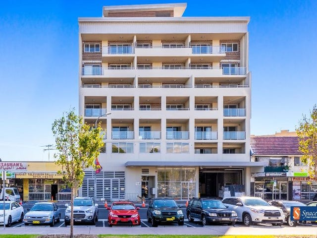 323/17-21 The Crescent, Fairfield, NSW 2165