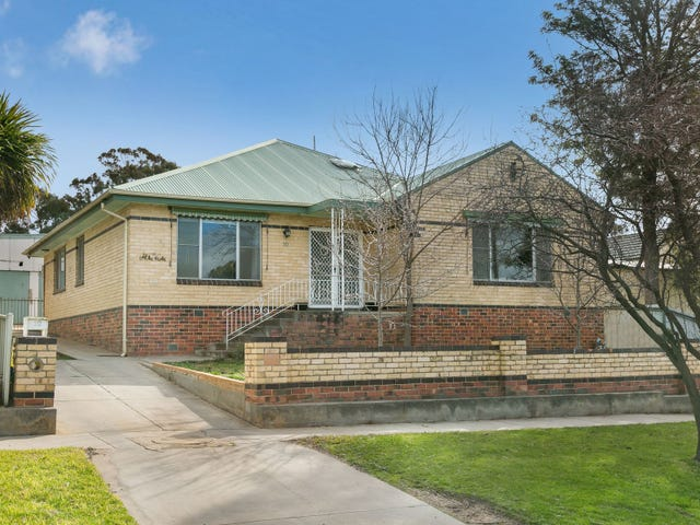 30 Spring Gully Road, Quarry Hill, Vic 3550