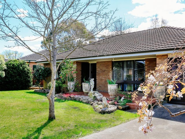 18 Farmborough Close, Bowral, NSW 2576