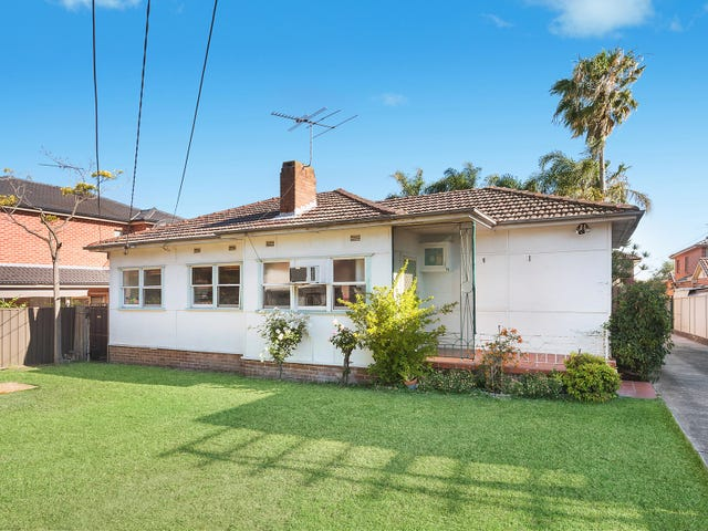 18 Napoleon Road, Greenacre, NSW 2190
