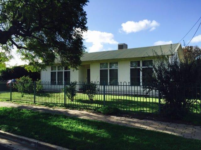 8 Macquarie Avenue, Hillcrest, SA 5086