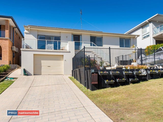 28 Corrie Parade, Corlette, NSW 2315
