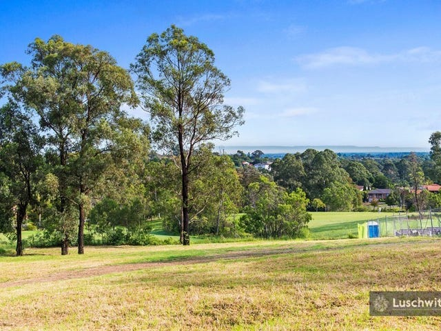 32 Pioneer Place, Castle Hill, NSW 2154