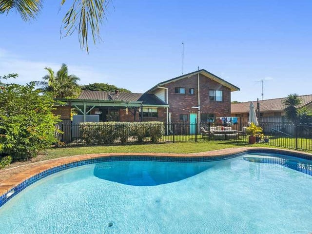 3 Ling Place, Palm Beach, Qld 4221
