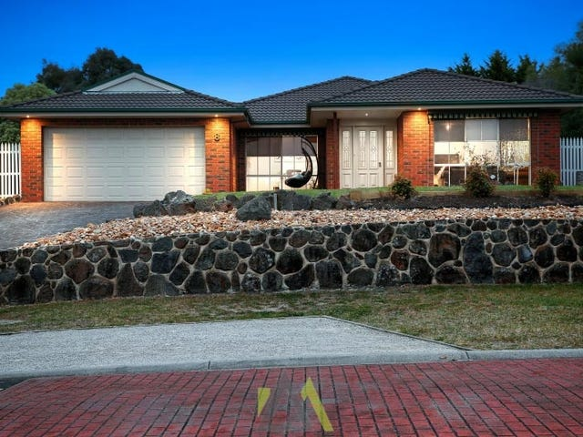 8 Bottlebrush Court, Langwarrin, Vic 3910