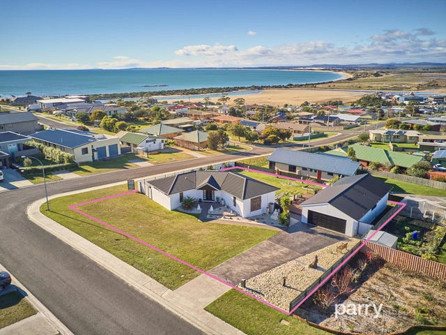 1 Andrews Place, Bridport, Tas 7262