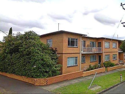 1/220 Pascoe Vale Road, Essendon, Vic 3040