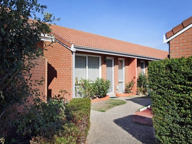 17/16 South Circular Road, Gladstone Park, Vic 3043