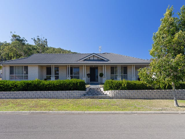1 Corella Close, Fennell Bay, NSW 2283