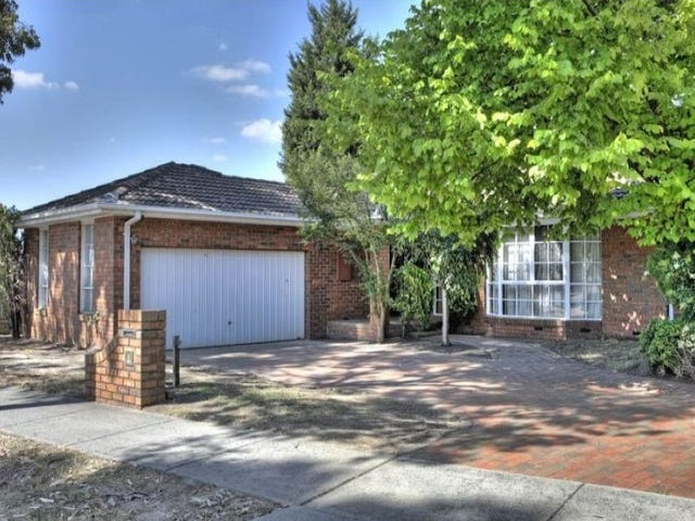 17 St Lawrance Way, Rowville, Vic 3178