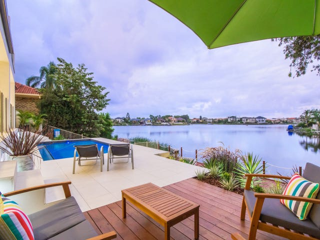 1 Clipper Boulevard, Clear Island Waters, Qld 4226
