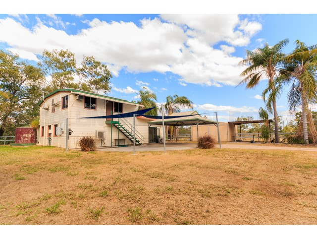 37 Old Town Road, Collinsville, Qld 4804
