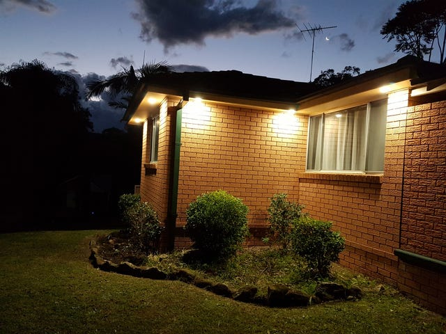 8 Bent Place, Ruse, NSW 2560