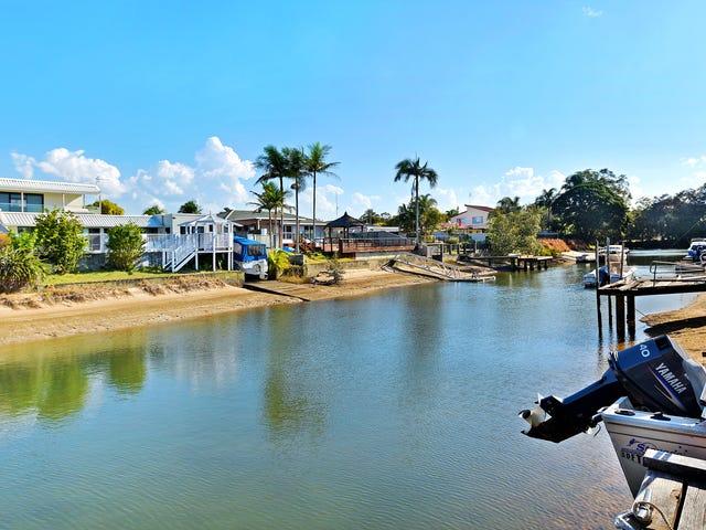 4 Pensacola Court, Broadbeach Waters, Qld 4218