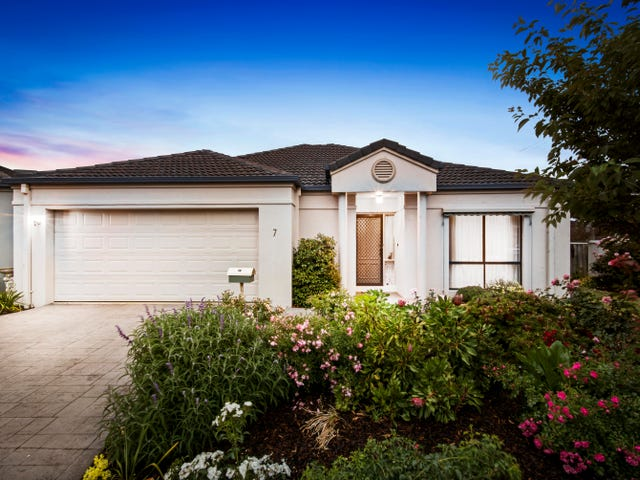 7 Birch Grove, Strathdale, Vic 3550