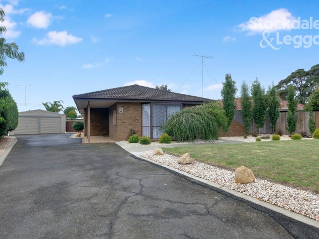 8 Hillcrest Court, Traralgon, Vic 3844