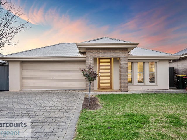 8 Lakeside Drive, Andrews Farm, SA 5114