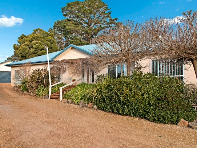 25 Ballymoyer Mews, Woodend, Vic 3442
