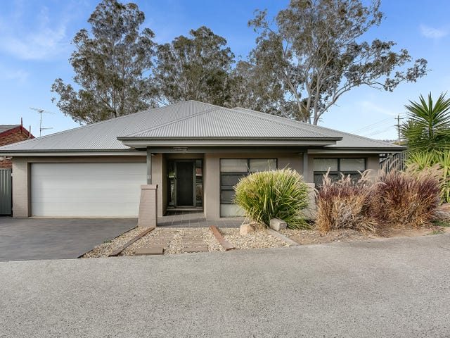 11 Remembrance Drive, Tahmoor, NSW 2573