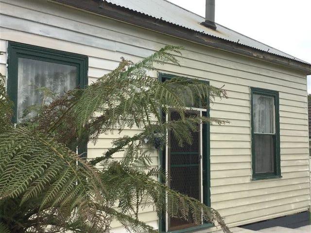 37 Mitchell Street, Nyora, Vic 3987