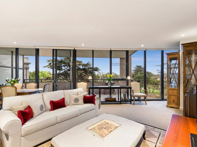 201/55 Queens Road, Melbourne, Vic 3004