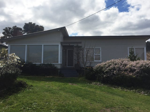 33 Ninabah Street, Howrah, Tas 7018