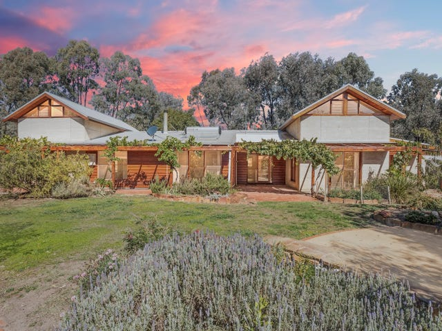 165  Eaglehawk-Neilborough Road, Eaglehawk, Vic 3556