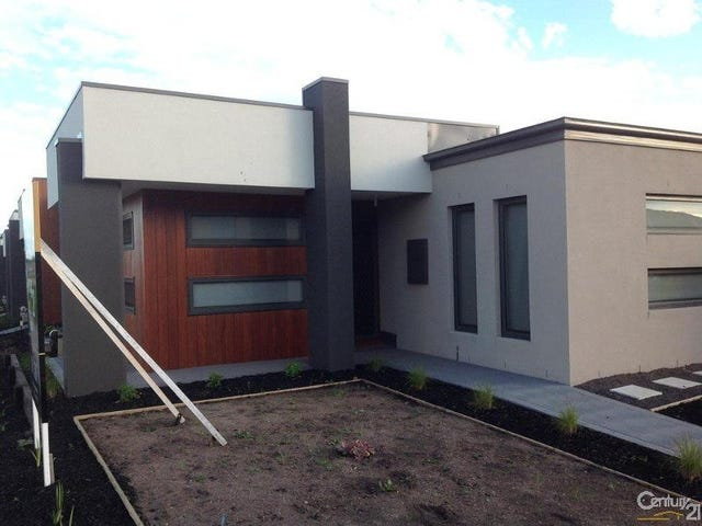 18 Kavanagh Lane, Clyde North, Vic 3978