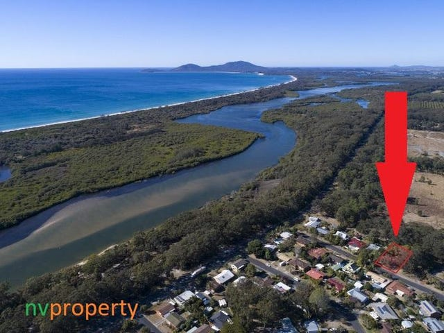 11 Nineteenth Avenue, Stuarts Point, NSW 2441