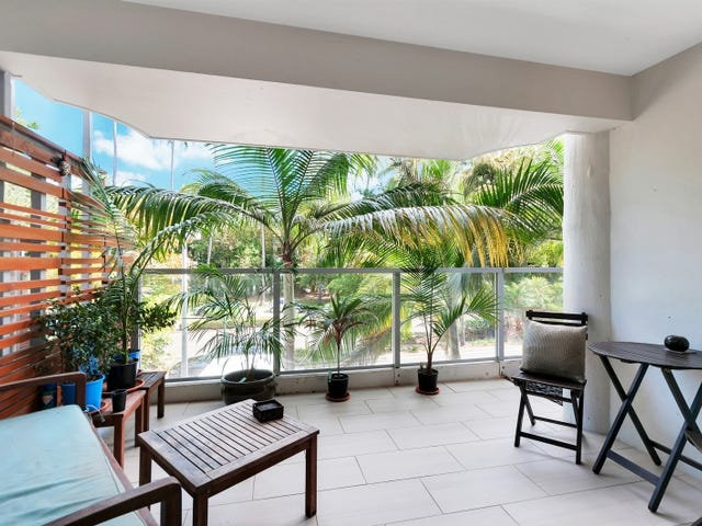2208/2-22 Veivers Road, Palm Cove, Qld 4879