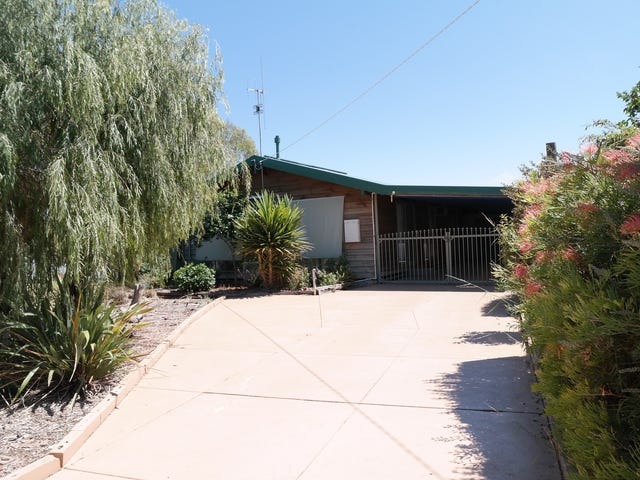 84 Dudley Street, Rochester, Vic 3561