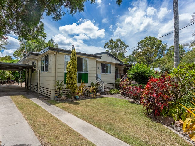 4 Valentine Street, Southside, Qld 4570