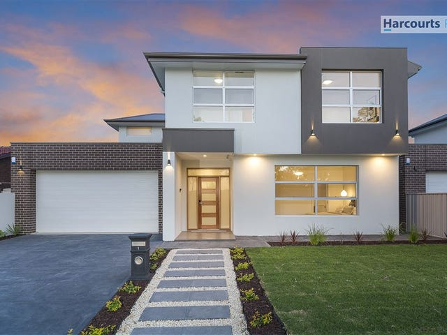 1 Greenfield Crescent, West Lakes Shore, SA 5020