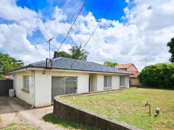 152 Binalong Road, Toongabbie, NSW 2146