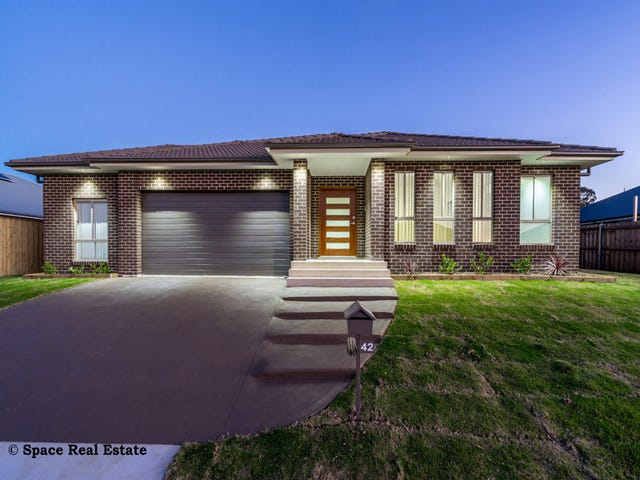 42 Balmoral Rise, Wilton, NSW 2571