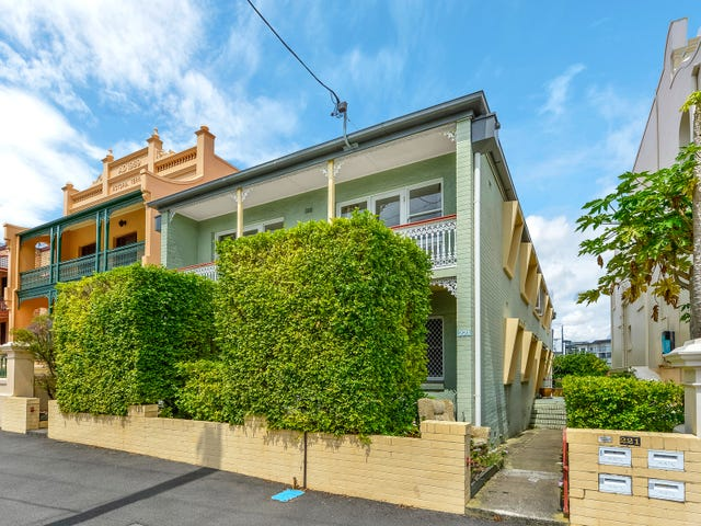 2/221 Gregory Tce, Spring Hill, Qld 4000