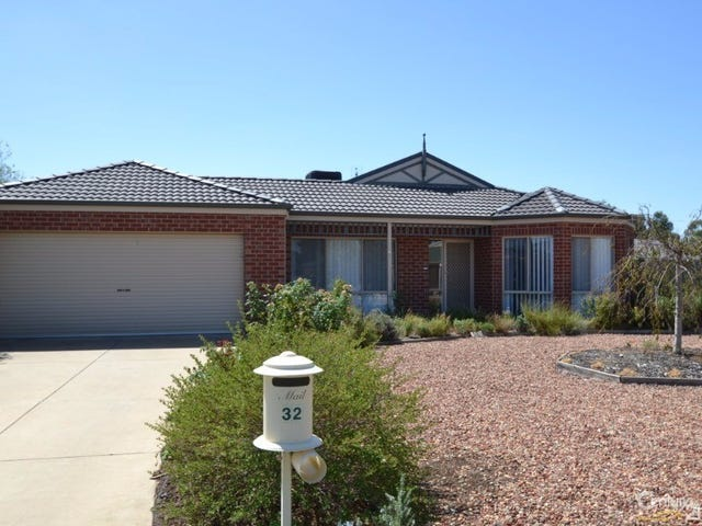 32 Woodlands Circuit, Echuca, Vic 3564