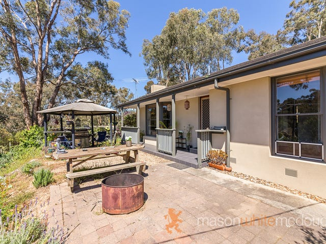 5 Haleys Gully Road, Hurstbridge, Vic 3099