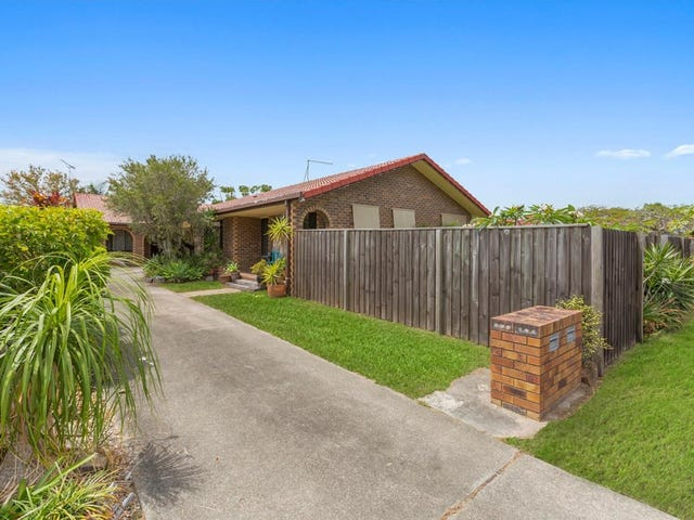 1/8 Seafarer Place, Banora Point, NSW 2486